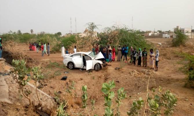 Khombole: Un accident de voiture fait trois morts et quatorze blessés, dont quatre dans un...