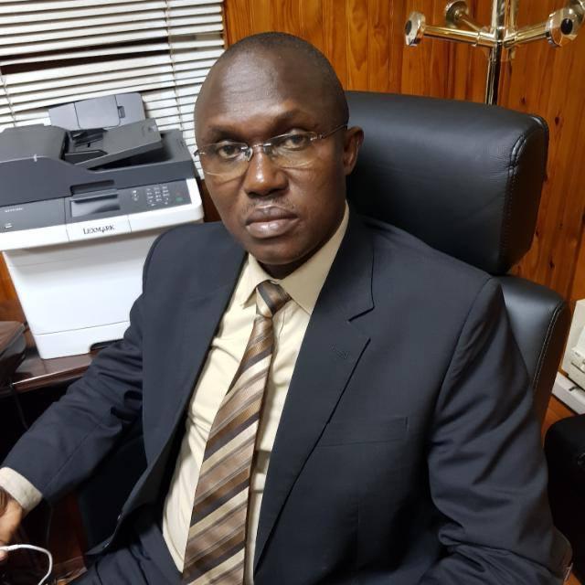 Lutte contre la Covid-19 dans la commune de Diass: Mamadou Ndione offre 1000 masques de protection et une enveloppe financière aux 120 relais communautaires