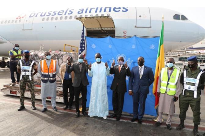 Covid-19: Les Etats-Unis offrent 151.200 doses de vaccin au Sénégal
