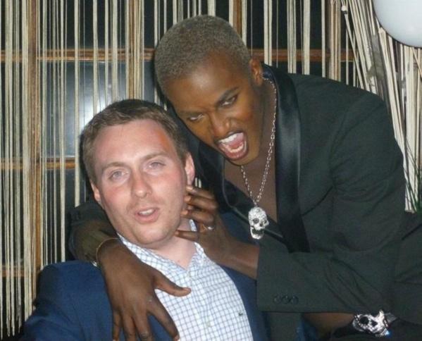 L'homosexuel Babacar Ndiaye se tape un nouveau mec