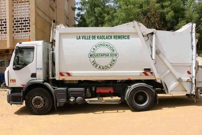 Kaolack: Moustapha Sow offre deux camions à ordures à près de 100 millions FCfa, la mairie n'en veut pas