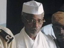 Me Jean Bernard Padaré, ministre tchadien de la Justice : « Hissène Habré serait parti du Tchad avec plus de 20 milliards »