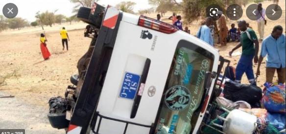 Collision entre un « Ndiaga Ndiaye » et un minibus à Podor: La cause de l'accident connue