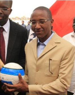 Abdoul Mbaye fête l'anniversaire de sa fille dans un hôtel de Dakar