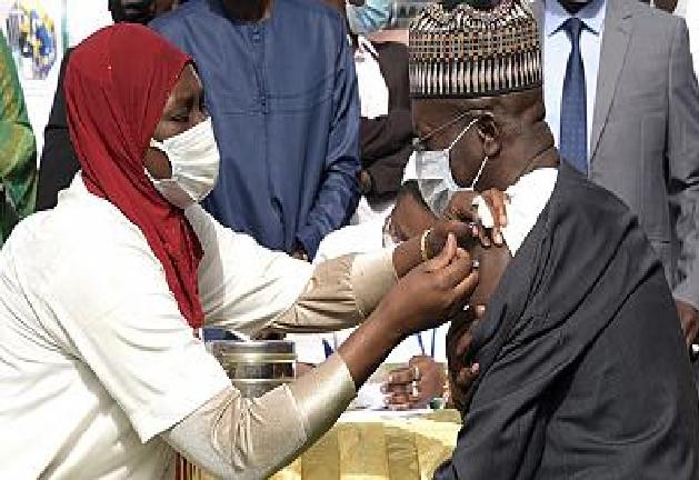 Diourbel –vaccination contre la COVID 19 : Sérigne Moustapha Lakram Mbacké indique la voie aux talibés