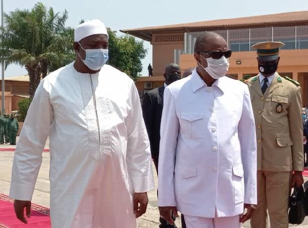 Dégel des relations entre Banjul et Conakry : Macky Sall  sur ses gardes