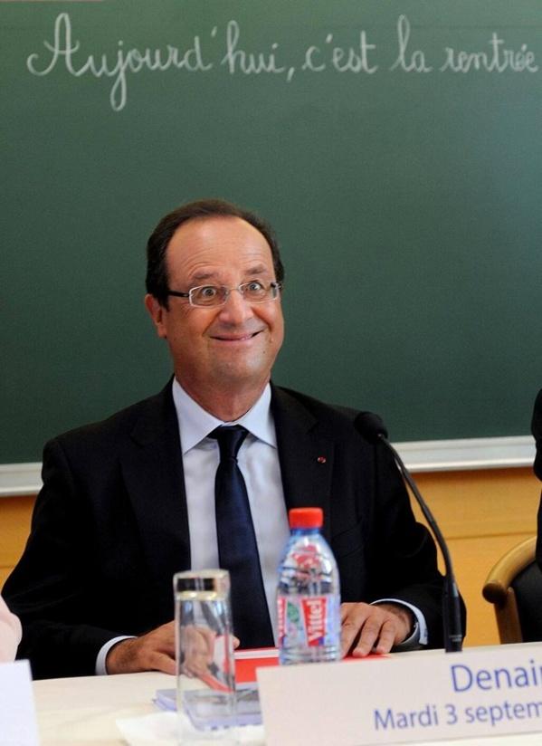 L'AFP retire une photo peu flatteuse de François Hollande, Regardez!