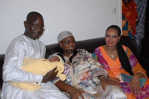 La Première Dame au baptême de la fille de Abdou Aziz Mbaye