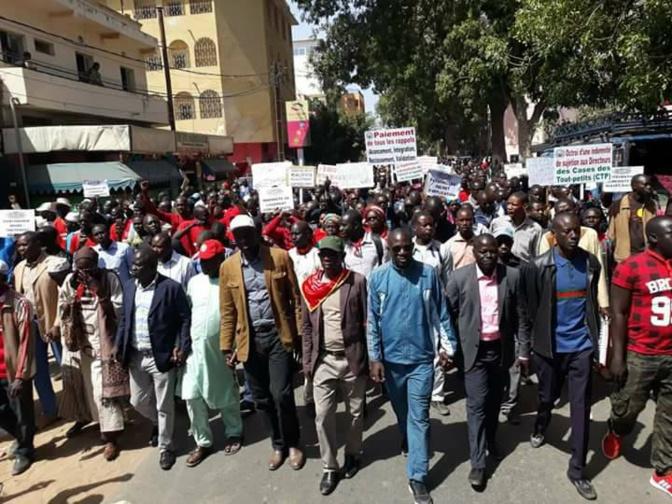 Syndicats d'enseignants: Macky Sall exige un dialogue social permanent et responsable