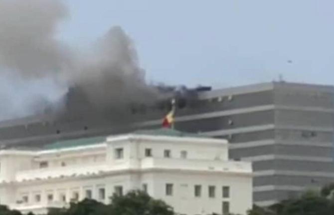 Building administratif: Depuis l'incendie, tous les ministères délogés
