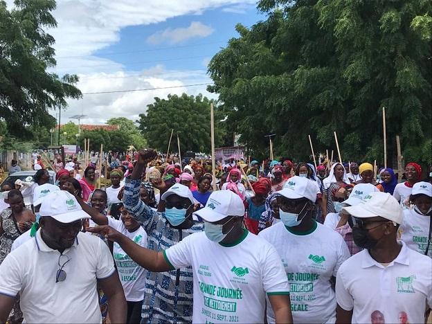 Wadial Magal Gui-Grande journée de nettoiement à Diourbel : Plus de  1500 Jeunes et Femmes mobilisés par le Directeur de l'emploi