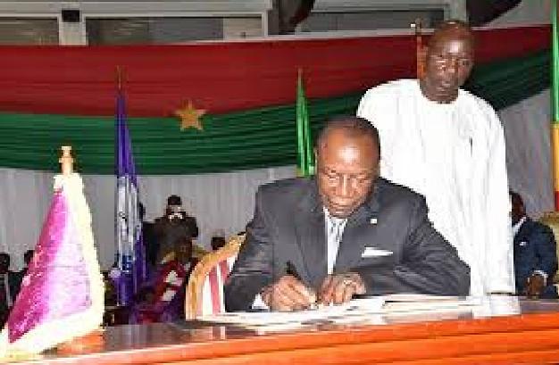 Guinée et son président déchu: Alpha Condé « préfère être tué » que de signer sa démission