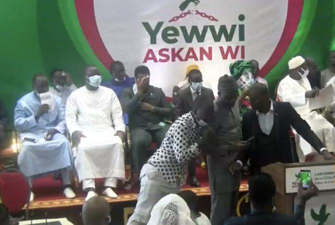 « Yewwi Askan Wi » vs « Benno Bokk Yakaar »: Deux poids, deux mesures