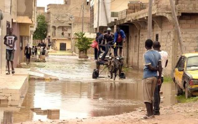 Pluies du weekend : re-bonjour les Inondations à Keur Massar et à la mairie de Mbao inondée