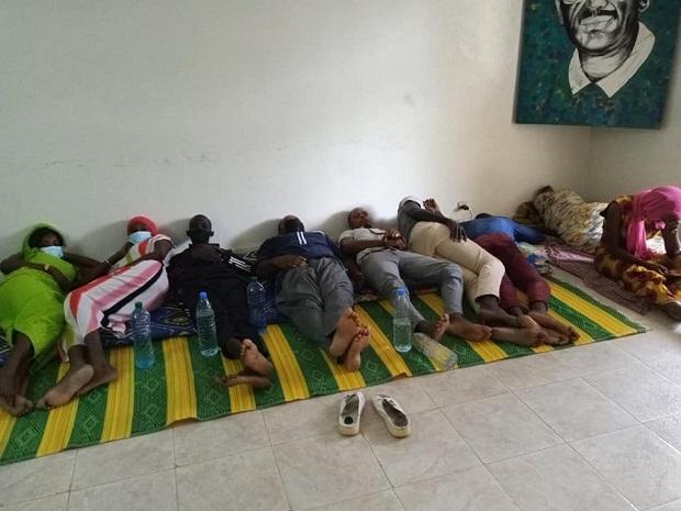Enseignants des classes passerelles en grève de la faim : au Frapp, la liste s'allonge …
