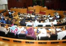 Pénurie d'eau à Dakar : Iba Der propose une session extraordinaire du parlement