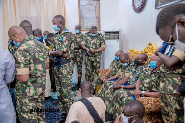 Photos / Magal Touba 2021: Visite de la délégation du Général Moussa Fall auprès du Khalife général Serigne Mountakha