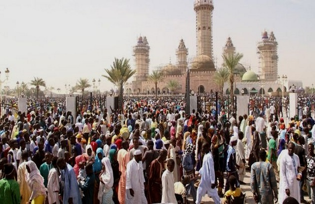 Célébration du Magal de Touba : Moustapha Diop, le ministre de l'Industrie et des PME a gratuitement convoyé des pèlerins
