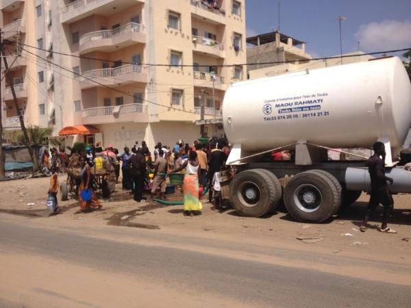 [Photos] Pénurie d'eau dans la capitale: Touba au secours de Dakar
