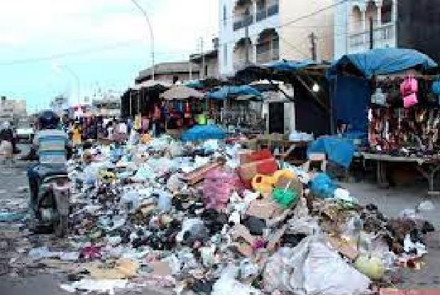 Insalubrité à Kaolack: L'UCG assainit et met en décharge 300 tonnes d'ordures chaque jour