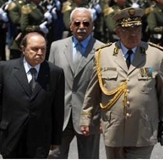 Algérie: les services secrets préparaient un coup d'état contre Bouteflikha