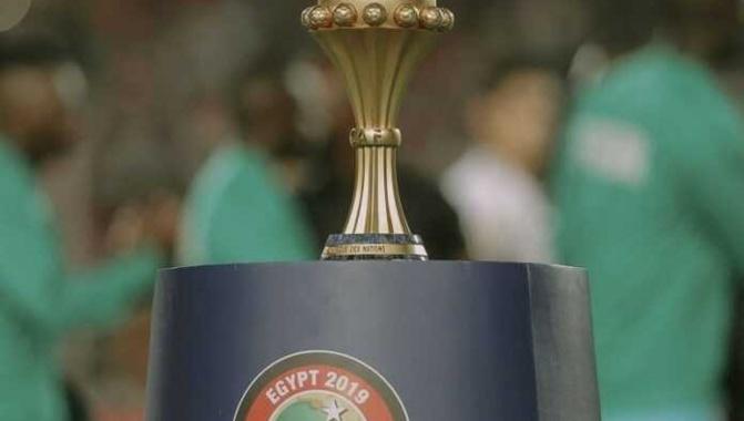 Football: Le trophée de la Can à Dakar