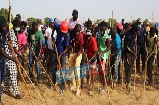 « Rak-Tak » pour la préparation du Gamou des Moustarchidines : Une marée humaine nettoie les 10 ha du Champ de Courses en moins de 2 heures