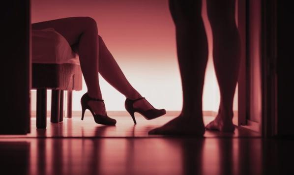 Escroquerie: Un aveugle vole 7 millions FCfa et se paie du bon temps à l'hôtel avec des prostituées !