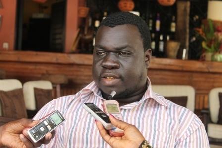 Parcours d' El Malick Seck - Selon Souleymane Jules Diop , il mérite notre respect parce qu'il s'est fait tout seul