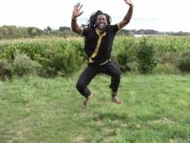 DANCING BUSINESS : Il n'est rien de plus étonnant pour moi qu'un homme qui danse (Par A. Aziz Mbacké Majalis)