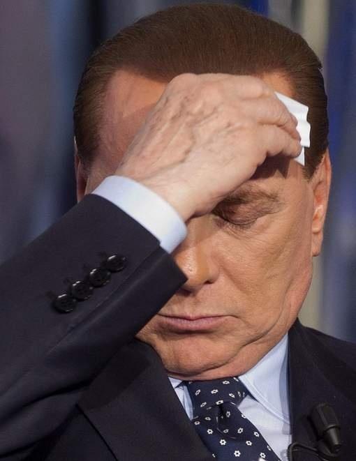 Le Sénat italien se réunit pour confirmer la chute de Silvio Berlusconi