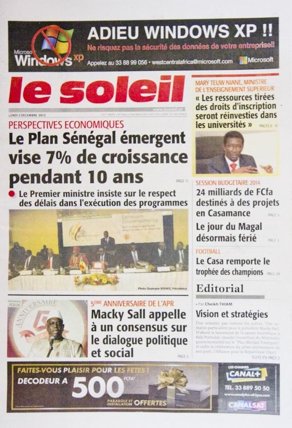 A la Une du Journal Le Soleil du lundi 02 Décembre 2013