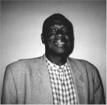 Amadou Top, le grand marabout de l'Internet, Portrait - Musulman, sénégalais, informaticien, et, surtout, gourou de l'Internet, l'avenir du Sénégal, selon lui. par Nathalie Lamoureux