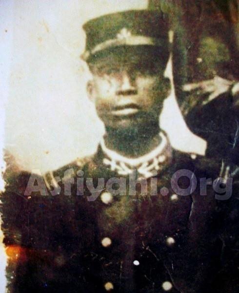 RELIGION : Serigne Sidy Ahmed Sy Malick, fils ainé de Seydil Hadji Malick Sy, tirailleur sénégalais disparu en Gréce lors de la première guerre mondiale