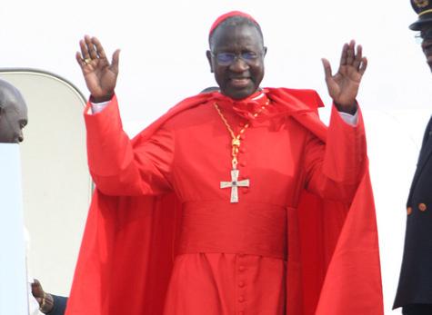 Le cardinal Sarr prie pour l'aboutissement des efforts visant la paix
