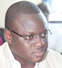 Vidéo: Bara Gaye condamné à 6 mois de prison, mais libéré, voici sa première réaction à sa sortie.