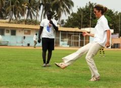 L'Ambassade des Etats-Unis soutient le football féminin