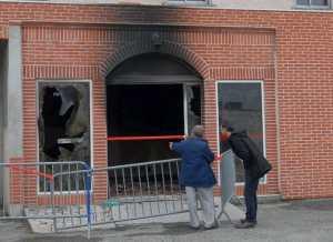 Allemagne : Une mosquée incendiée…. Le suspect appréhendé