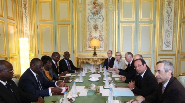 Comment la France vit de l'Afrique à travers le Pacte Colonial