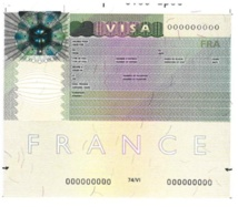 Alain Jouret, Consul général de France à Dakar: «A partir du 12 mars prochain, le Consulat de France ne recevra plus les demandeurs de visa»