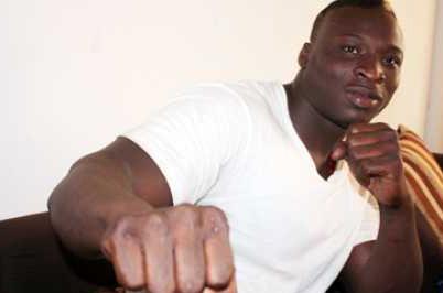 Ama Baldé bande les muscles : « Malick Niang vient d'avoir un combat »