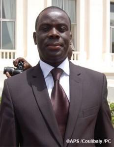 """A l'origine du schisme qui menace l'Afp : Les uns veulent continuer d'être des """"Baay Fall"""" de Macky ; les autres veulent porter le Parti au Palais"""