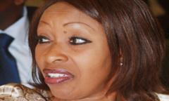 "L'ancien ministre rejoint l'Apr, Macky ""lave"" les cuillères d'Awa Ndiaye"