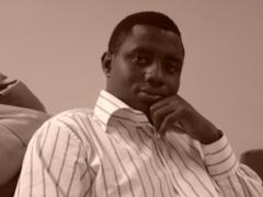 Yoro Dia analyse les relations politiques entre la France et le Rwanda