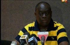 Vidéo: Me El Hadji Diouf se défoule sur le procureur Mbacké Fall « Kou gnou ko rimbakh gnou timbakh lako »