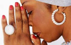 [Audio] Victime d'un cambriolage, Aby Ndour très affectée