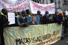 Urgent : Des pro-Karim et le PDS occupent le consulat du Sénégal à Paris
