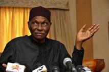 """Hamath Suzanne Kamara avertit Wade: """"S'il perturbe la quiétude des Sénégalais, il sera mis en résidence surveillée"""""""