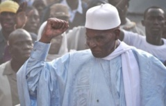 "Wade appelle Ahmed Khalifa Niasse et fustige les faux ""ndigeul"""