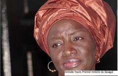 """Wade cherche à faire """"pression sur la justice"""" selon Mimi Touré"""